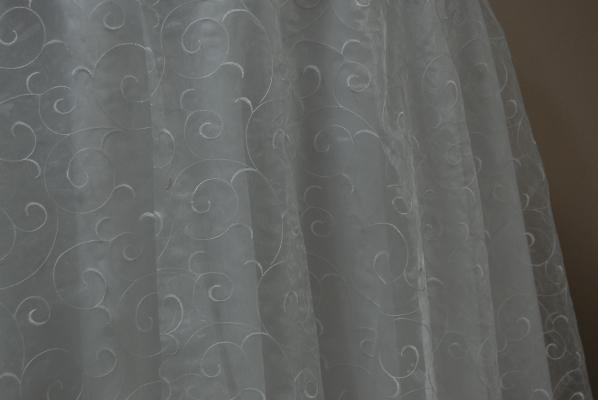 08-white-swirl-organza