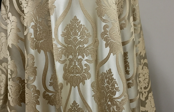 02-oyster-royal-damask